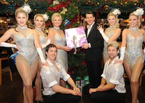 Lyn Paul, Olly Day and the cast of The Cromer Christmas Show 2014.
