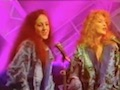 Nicola Kerr (right) singing backing vocals for Murray Head on 'Top Of The Pops'.