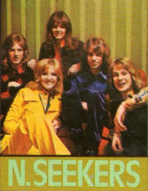 The New Seekers pictured on the front cover of the Fab 208 Annual 1974.